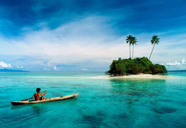 Tahiti Holidays - Island in the sea